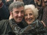 Аргентина. Бабушка нашла украденного фашистско-ювенальным режимом новорожденного внука спустя 36 лет.