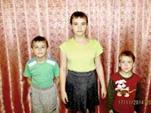 У диакона Русской Православной Церкви чиновники отбирают детей.