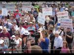 1 июня в Канаде родители вышли на митинг против эвтаназии.